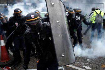 پاریس در تصرف معترضین خیابانی