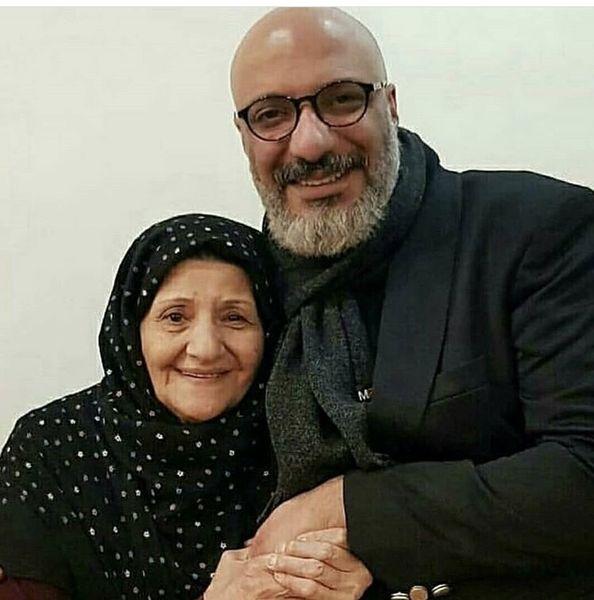 امیر جعفری در آغوش مادرش + عکس