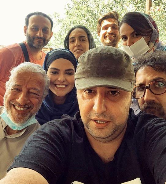 سپند امیرسلیمانی در جمع همکارانش + عکس