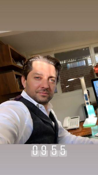 بهرام رادان در محل کارش + عکس