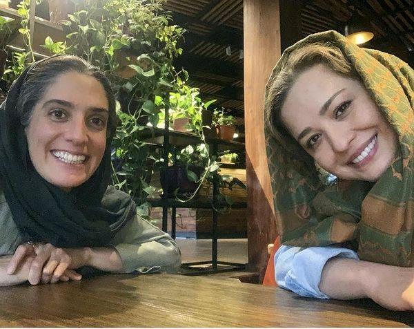 مهراوه شریفی نیا و دوستش در رستوران + عکس