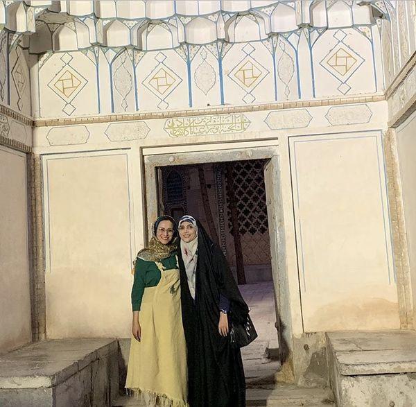 مژده لواسانی و دوستش در سفر + عکس