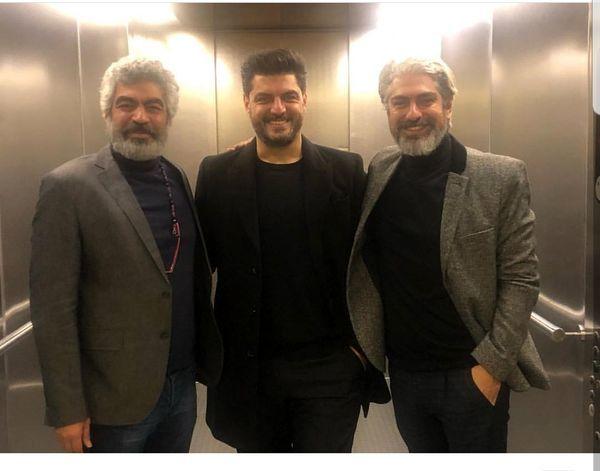 سام درخشانی به همراه مهدی پاکدل و سروش صحت در آسانسور  + عکس