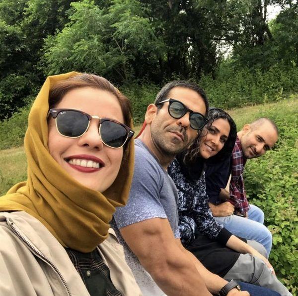 سلفی سارا بهرامی با دوستان کرگدنش + عکس