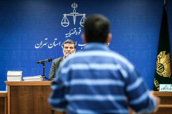درگیری لفظی قاضی صلواتی با متهم