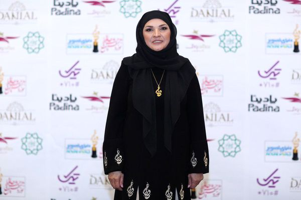 مانتو خاص همسر علی معلم در جشن حافظ+عکس