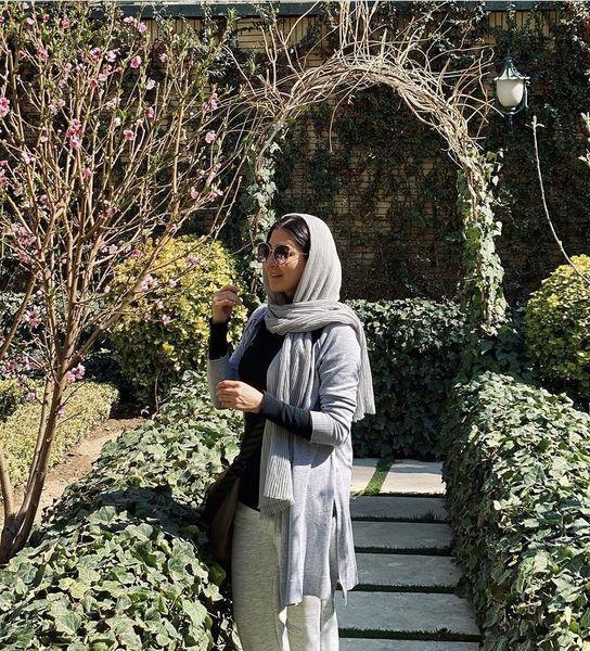 قدم زدن مریم معصومی در پارک + عکس