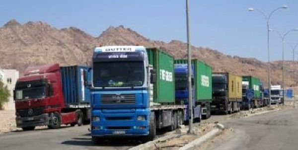 سرقت 20 کامیون حامل غلات سوریه توسط آمریکا