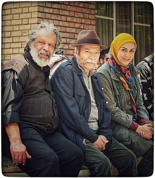شیوا ابراهیمی در کنار پیشکسوتان سینمای ایران + عکس