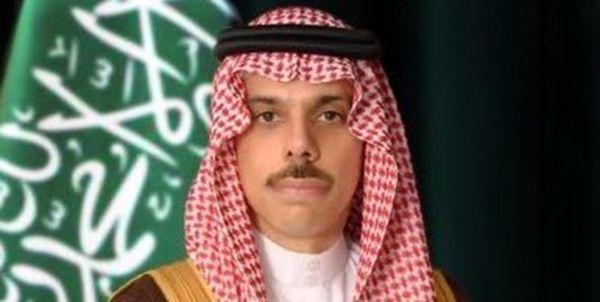 عربستان در معرض حمله صدها موشک و پهپاد ارتش یمن