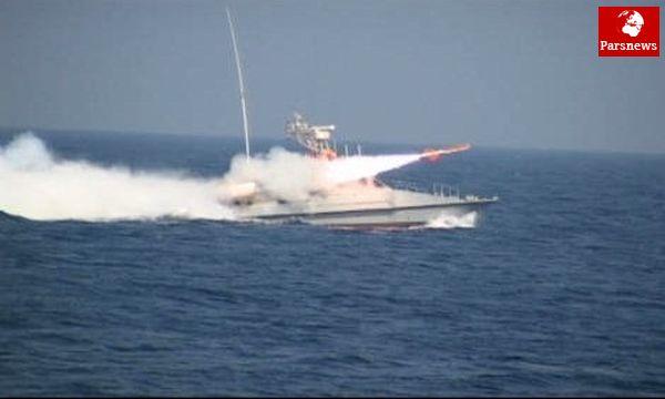 عقبنشینی ناوگان دشمن درپی تست موشک کروز ایرانی