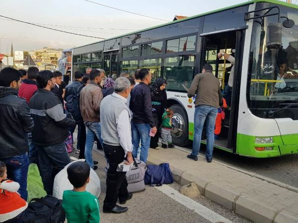 بیش از 1300 آواره سوری از لبنان به کشورشان بازگشتند