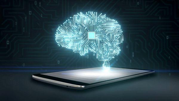 چند ساعت استفاده از موبایل برابر تومور مغزی است؟
