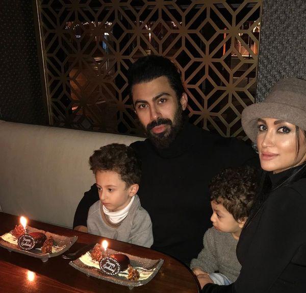 عکس جدید روناک یونسی همراه با خانواده