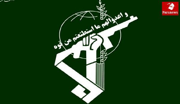 انقلاب زدایی و تحریف انقلاب با هدف تضعیف تدریجی آن در دستور کار دشمن است