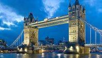 پخش شدن صوت دلنشین اذان از برج لندن+ فیلم