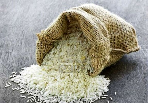 مردم منتظر ارزانی برنج باشند