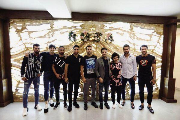 سردار آزمون و دوستانش + عکس