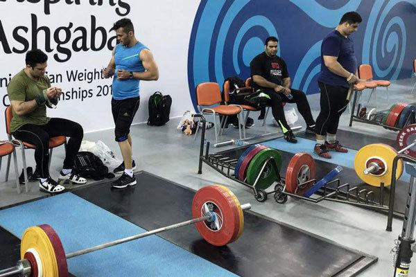 واکنش فدراسیون وزنهبرداری به اعزام تیم ناقص به جهانی