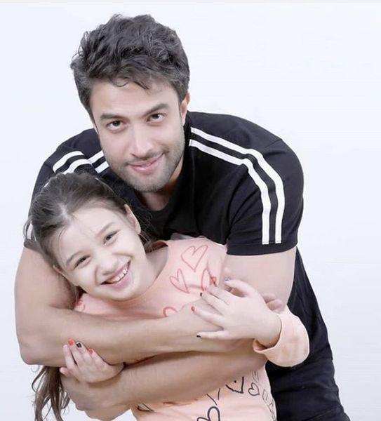 بنیامین و دخترش + عکس