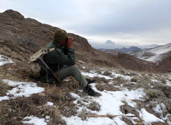 سقوط محیطبان آبدانانی از کوه