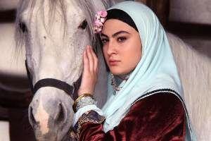 عکس های جدید از چهره بدون گریم مریم مومن بازیگر سریال بانوی عمارت