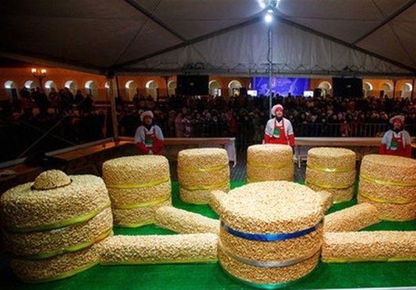 پخت «چاک چاک» 1300 کیلوگرمی در شهر بازی ایران و اسپانیا