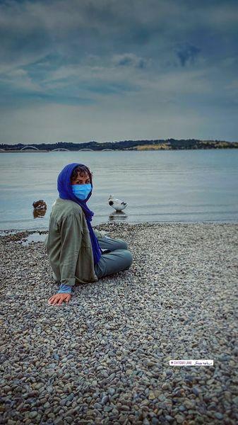خانم بازیگر لب آب + عکس