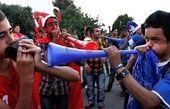کری خوانی آبی ها برای سرخپوشان در رسانه ملی! + عکس