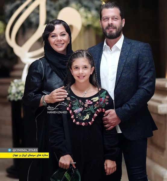 عکس پژمان بازغی همراه با همسر و دخترش