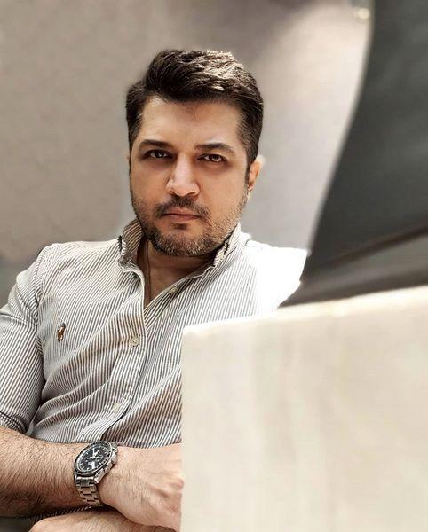 جدیت پندار اکبری در محل کارش + عکس