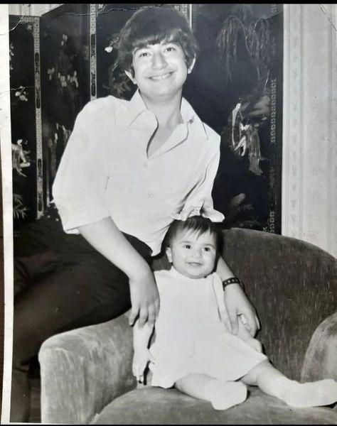 نوجوانی آتیلا پسیانی و خواهر کوچکش + عکس