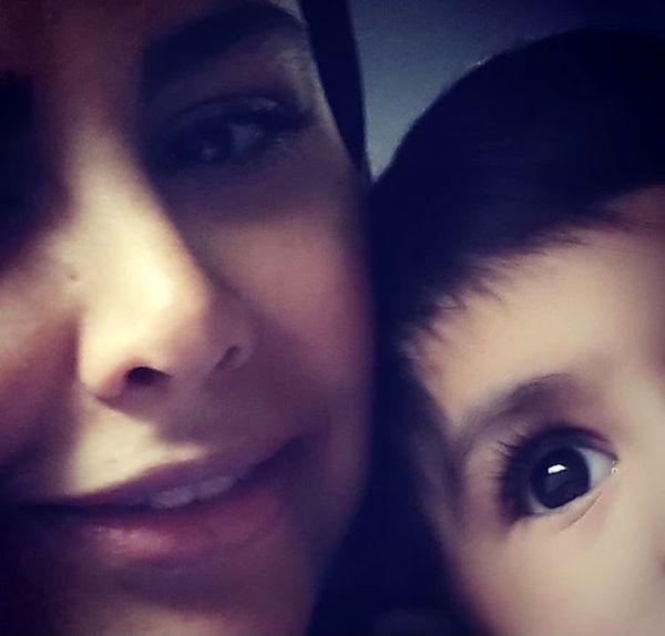 سلفی خانم بازیگر با پسر نوزادش + عکس