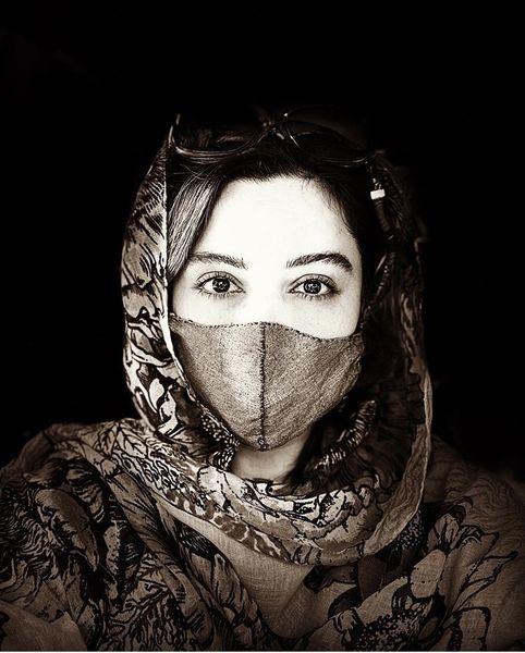 فرناز رهنما با ماسک + عکس