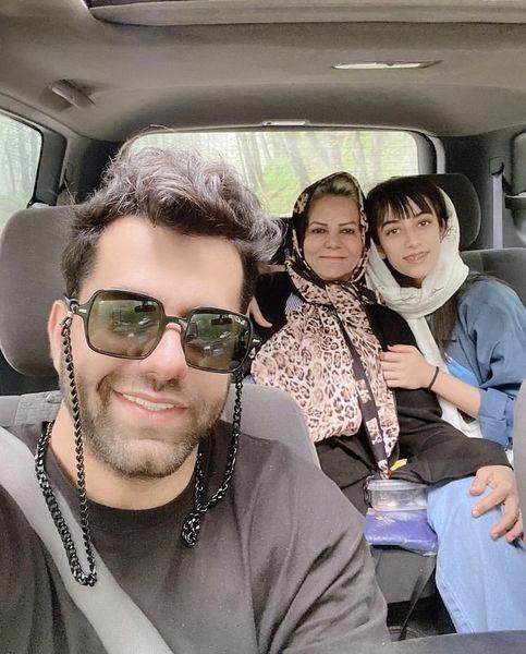 سلفی رضا بهرام با خانواده اش + عکس