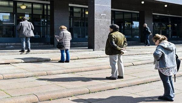 رعایت فاصله اجتماعی راهکاری مطمئن برای مهار کرونا