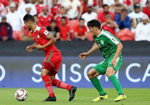 کمپین عمانیها برای بازی مقابل ایران/عکس