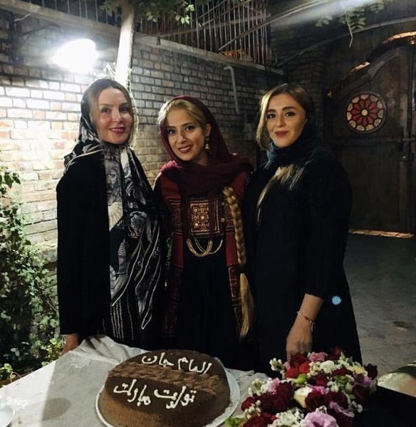 آزیتا ترکاشوند در تولد شبانه دوستش + عکس