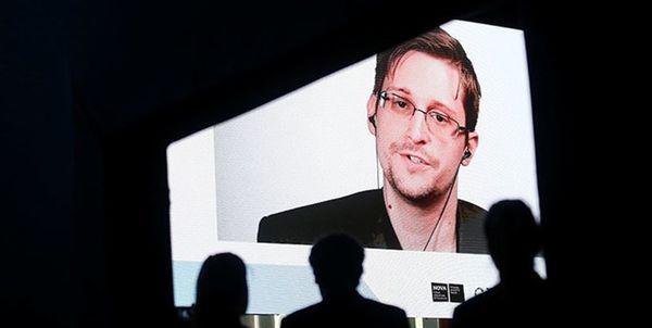 دریافت اقامت دائمی روسیه توسط اسنودن