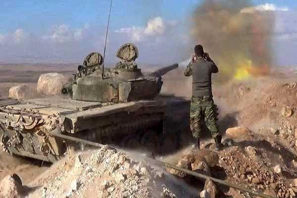 ارتش سوریه یورش تروریستها در حومه حماه دفع کرد