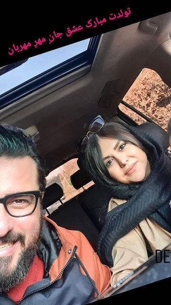 محسن کیایی و همسرش در ماشین شخصیشون + عکس