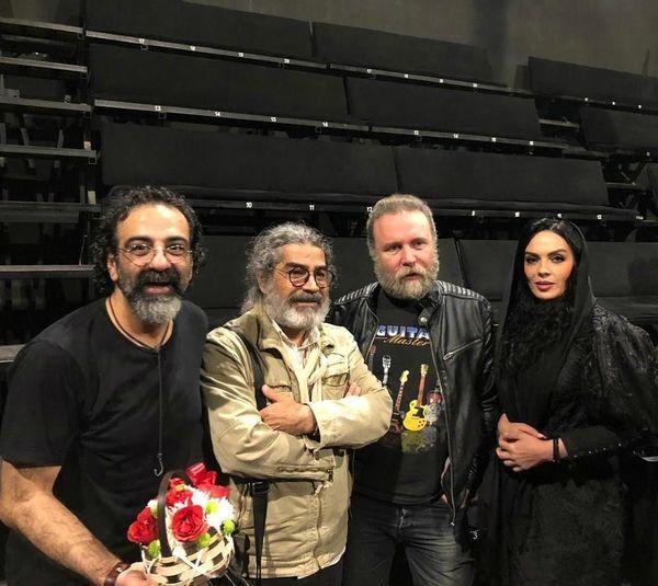 سارا خوئینیها و جواد یحیوی در پشت صحنه
