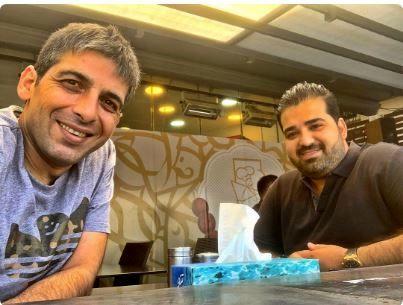 رستوران گردی آقای بازیگر و دوستش + عکس
