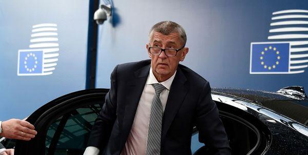 نخست وزیر چک: هر کشور دستکم یک دیپلمات روس اخراج کند