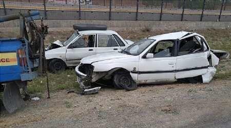 تصادف در آزادراه تهران - قم 2 مجروح بر جای گذاشت