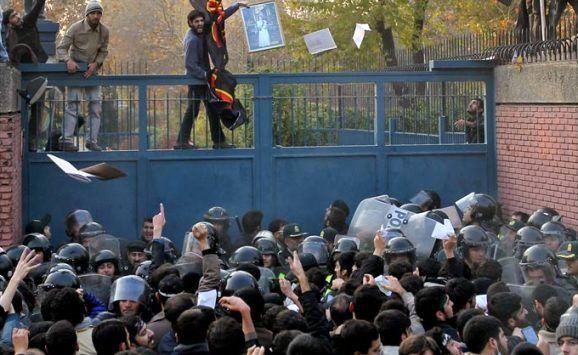 بازنگری در تعریف «انقلابیگری» با نگاهی به سیره امام(ره) و رهبری/ انقلابیگری چیست؟