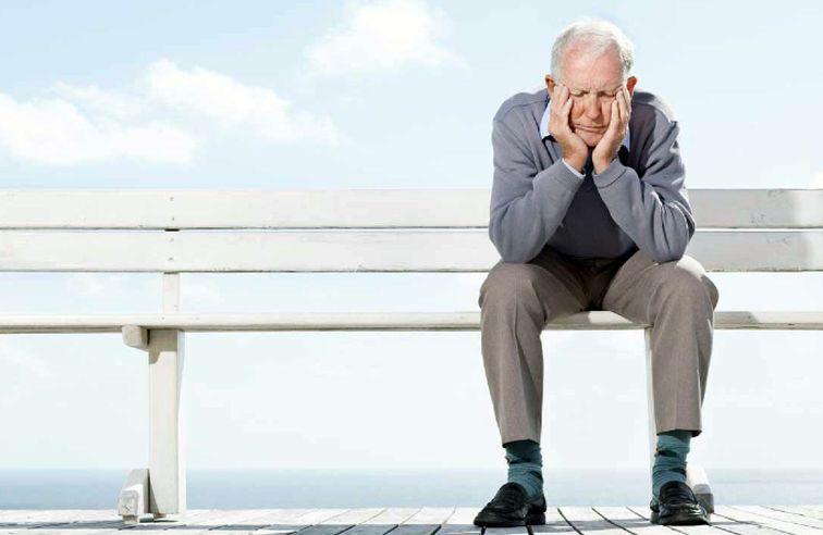 توصیه ضد کرونایی به خانوادههای سالمندان