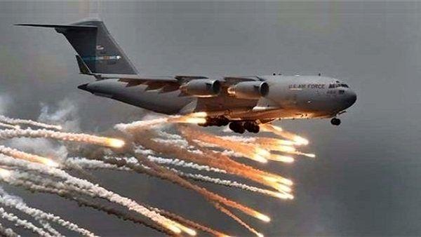 ائتلاف آمریکایی حومه دیرالزور سوریه را با بمبهای فسفری مورد هدف قرار  داد