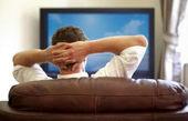 تماشای تلویزیون را به دلیل احتمال سکته مغزی کم کنید !