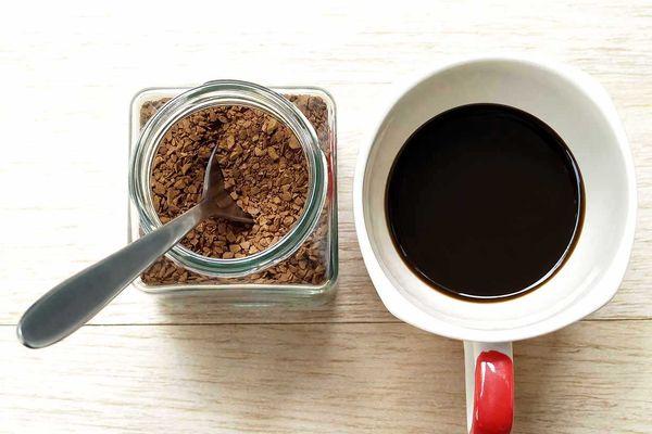قهوه فوری بخوریم یا نه؟